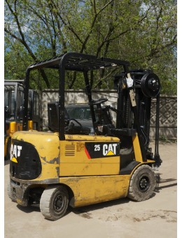 Электропогрузчик Caterpillar EP25K-PAC / 2500 кг / 5500 мм